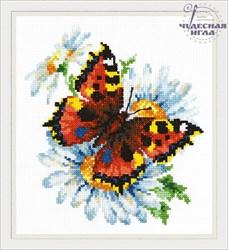 'Бабочка и ромашки' 17х18 см  'Чудесная Игла'