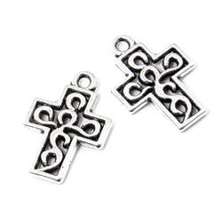 """Кулон """"Крест"""" 18x12х2 мм цвет античное серебро 1 шт"""