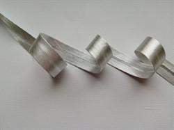 Косая бейка под металл 15 мм серебро 1м