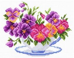 "Рисунок на канве  ""Чашка с виолой"" 28х37 см  ""Матренин Посад"""