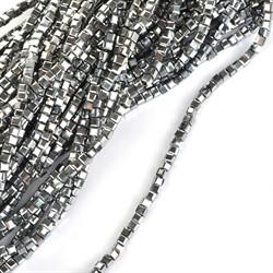 Бусины граненые (стекло)  2 мм цвет 76 серебро  уп. 10 шт